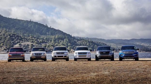 شش نسل فورد اکسپلورر در کنار هم