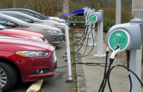 سبقت چینیها در صنعت خودروهای برقی از اروپا