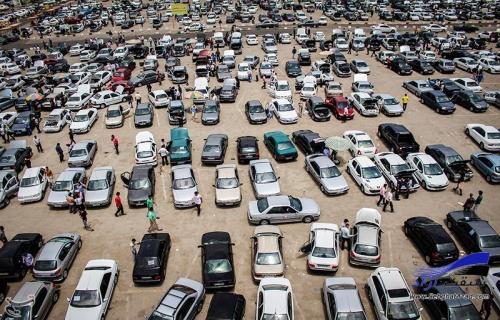التهاب بازار خودرو قابل پیشبینی بود/ سایه خود تحریمی بر بازار خودرو
