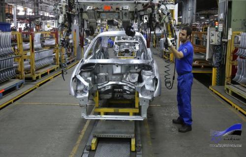 نگاهی به دلایل کاهش تولید خودرو در کشور.