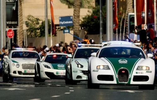 پلیس دبی به دنبال لامبورگینی اوروس