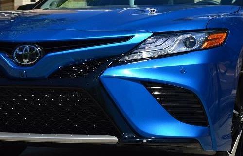 تویوتا کمری XSE 2018 تجربه رانندگی و بررسی مشخصات فنی