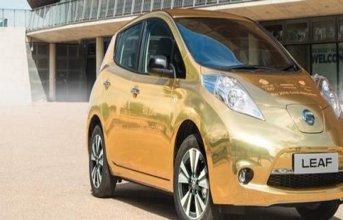 خودروی الکتریکی طلایی نیسان جایزه قهرمانان المپیک ریو عکس