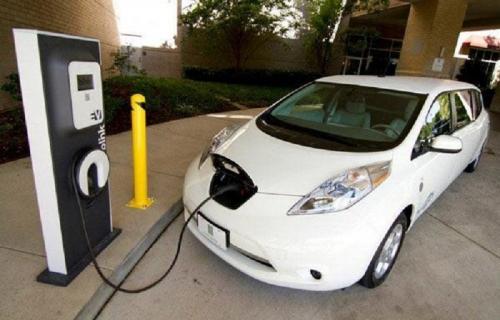 کلید کاهش آلودگی هوا استفاده از خودروهای هیبریدی است