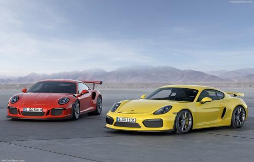 پورشه 911 جی تی 3 آر اس؛ مرز بین خودروهای مسابقهای با خودروهای اسپرت خیابانی