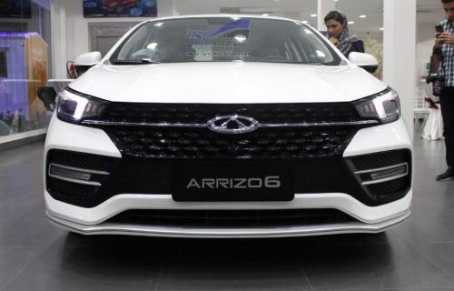 آریزو 6 محصول استراتژیک چری در کلینیک خودرو معرفی شد