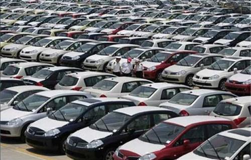 اخذ عوارض جدید 10 درصدی از خودروهای وارداتی بنزینی و هیبریدی در سال 97