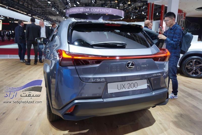 لکسوس UX200