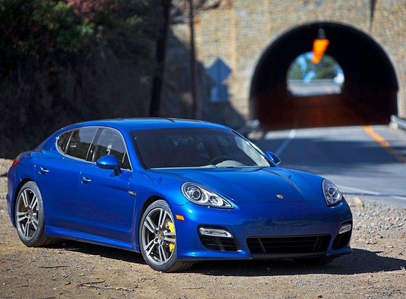 اجاره خودرو در عید نوروز عید امسال را با خودروهای لوکس خوش بگذرانید