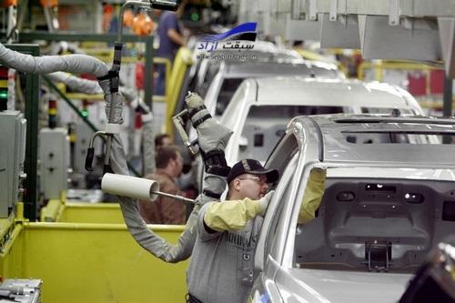 الزام خودروسازان برای واگذاری اموال مازاد