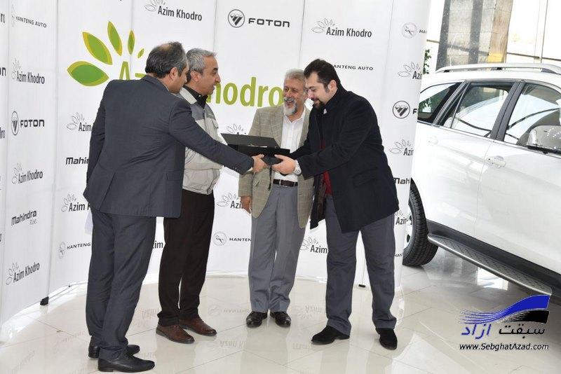 تحویل چهارمین سری از خودروهای فوتون ساوانا به مناسبت یلدا