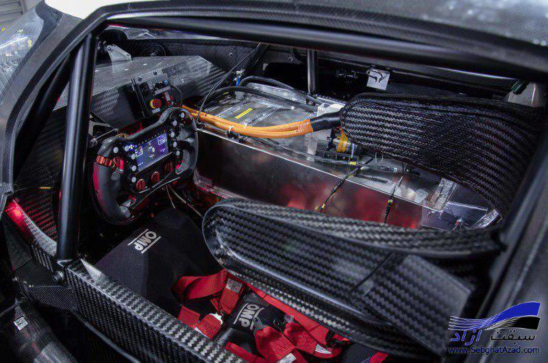 اتومبیل مسابقه ای و فوق سریع I.D. R Pikes Peak جدیدترین و جذاب ترین عضو خانواده I.D. است که به تازگی رونمایی شد.