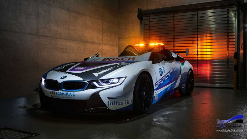 بی‌ام‌و i8 رودستر Safety Car