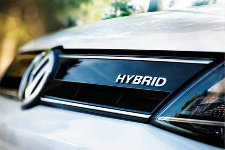 مصوبه کاهش تعرفه خودروهای هیبریدی ابلاغ شد