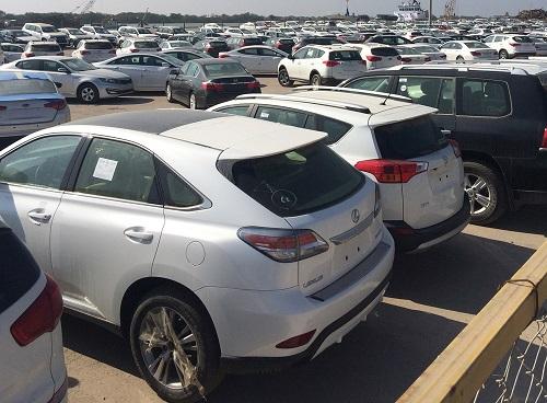 کاهش 73 درصدی واردات خودرو