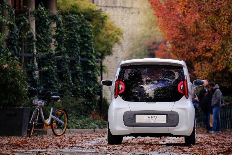 خودروی الکتریکی XEV LSEV که با پرینتر سه بعدی ساخته شده است